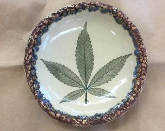 Pot Leaf Plate