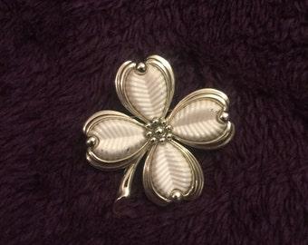 St. Patrick's Day Vintage white 4 leaf clover pendant pin