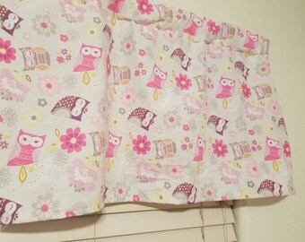 Pink owl baby girls valance curtain