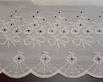SALE Vintage Cream Eyelet fabric, Quilting sewing crafting fabric material