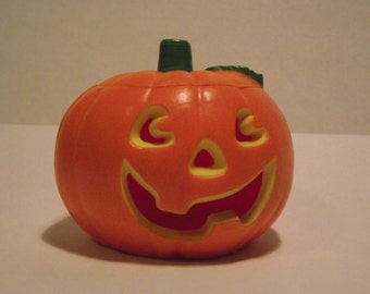 Vintage Halloween Rare Hallmark Merry Miniatures Jack O Lantern 1982 removable top pumpkin container