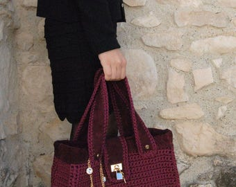 Burgundy crochet bag