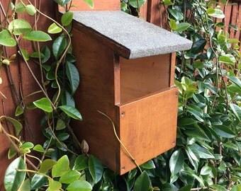 Handmade Open-Front Bird NestBox - Ideal Nest / Roosting box for Robin / Wren / Song Thrush / Blackbird