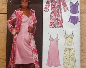 6443 New Look sewing pattern for ladies lingerie and nightwear