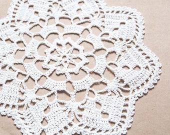 white crochet cotton doily, handmade crochet, home decor, white  doilies, table decor, 24cm doily, table decoration