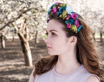 Beautiful flower crown made of arificial flowers. Rich blue and pink colours. Perfect accessory for your photosession or wedding.