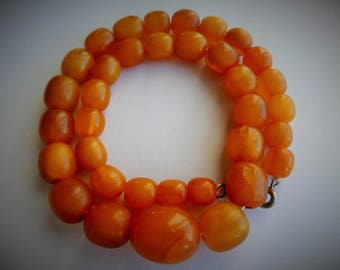 Bernstein Egg Yolk Honey Butterscotch Baltic Amber Olive Bead Necklace 24.25 g, 40 cm, 35 beads