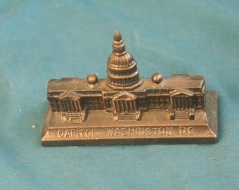 Vintage US Capitol Washington Building Metal Souvenir Paperweight