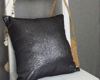 Shiny glitter effect cushion