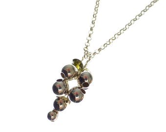 Bunch of grapes of 925 Sterling Silver Pendant