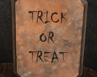 Trick or Treat Wood Sign.  Halloween Decor.  Fall Decoration Home Decor.  Halloween Wall Decor.  Halloween Gift Wall Art.