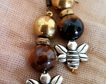 Beautiful agate natural earrings * Spring collection * Bee honey pendant * For a gift for a lady