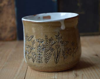 Floral Field Ceramic Mug