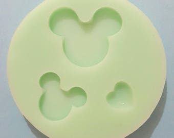 Flexible silicone mold two measures head Mickey and glossy heart (random color)