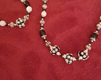 Hand made necklace and bracelet set