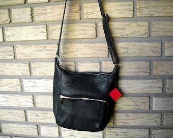 Leather pocket black
