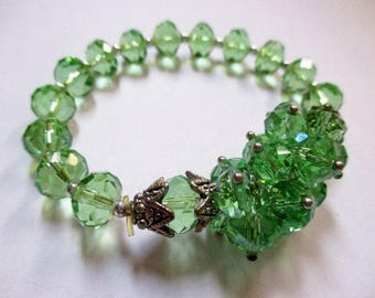 Gorgeous Green Glass Bead Vintage Bracelet