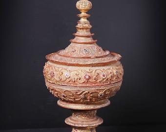 Offering Casket - Burmese lacquer art
