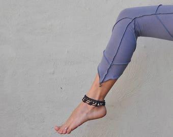 Three-Quarter Leggings, Capri with Pointed Hem and *Brass Bells* ~ gray