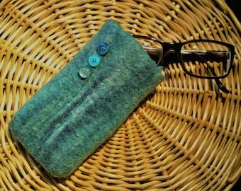 Marbled effect aqua wet felted wool mobile phone/glasses case