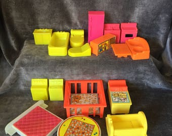 Vintage Fisher price little people dollhouse furniture