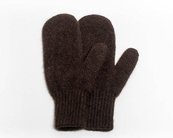Premium quality yak down mittens - dark chocolate