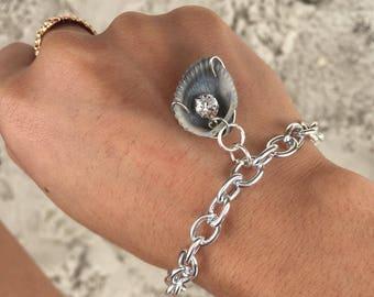 Calypso's - Seashell Charm Bracelet