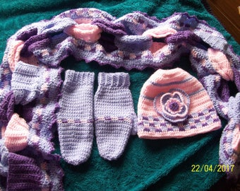 Hat, Scarf & Mittens Set