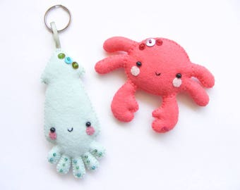 Felt PDF sewing pattern - Squid and crab - Felt key ring and magnet, easy sewing pattern, summer sea creatures, nautical nursery decor
