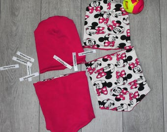 Set of cap and snod for girl with Minnie Mouse