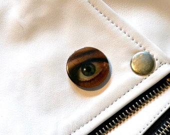 70's Retro Eye Badge, 25 mm