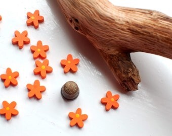 12 daisy wooden beads in orange, flower shape wood hand painted beads, novelty kids beads 15mm or 5/8 inch wide