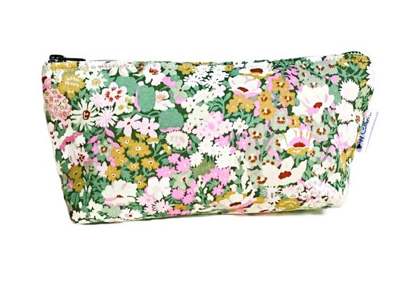Green Floral Makeup Bag, Cosmetic Bag, Toiletry Bag, Floral Pouch, Makeup Pouch, Travel Bag, Women's Toiletry Bag