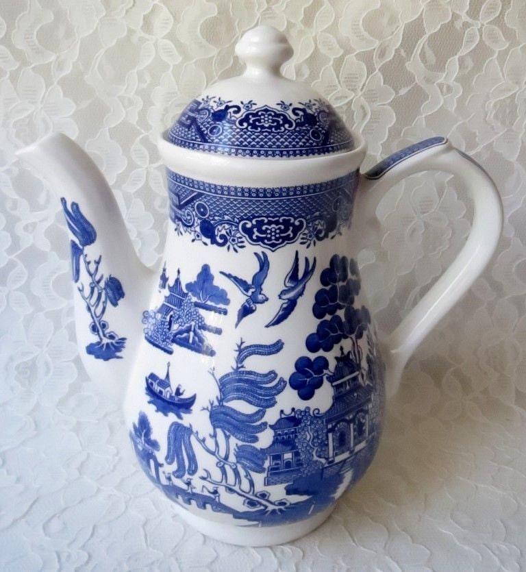 Blue Willow Churchill Coffee Pot Staffordshire England