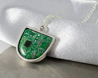 Circuit Board Necklace Green, Recycled Computer Circuit Board Jewelry, Wearable Technology, Motherboard Necklace, Gift for Her