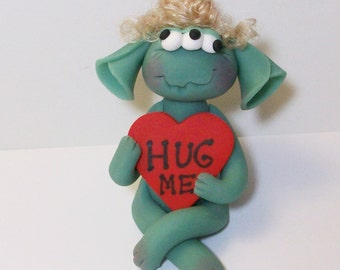 "Three eyed monster love: Valentine Monster, ""Hug Me"""