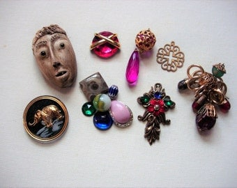 Neat Craft Lot of Various Broken Vintage Jewelry and Items