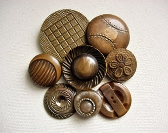 Neat Lot of Various Vintage Celluloid and Plastic Buttons