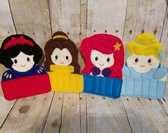 Princess crayon holder