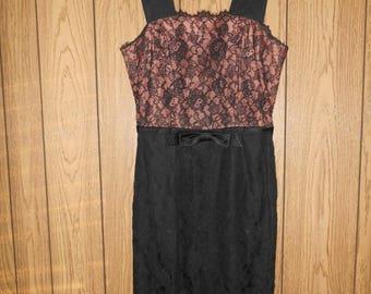 Vintage LESLIE FAY womens clothing 50's 1950's black lace dress