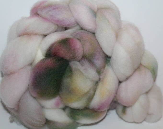 Kettle Dyed Falkland Wool Top.  Soft and easy to spin. 4oz  Braid. Spin. Felt. Roving. F66