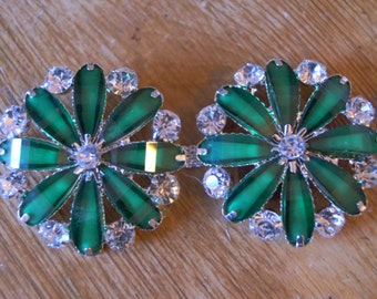 Emerald and sapphire vintage style shoe clips; decorative shoe clips, shoe embellishments; bridal shoe clips; vintage wedding shoe clips
