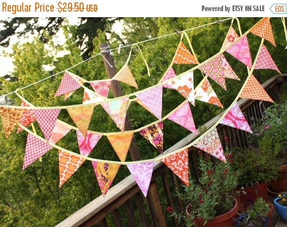 20% OFF ONE Bunting Banner in Bright Orange and Pink. Pennant Flag Garland, Designer's Choice, Bridal Shower, Wedding Decoration, 9 Large Fl