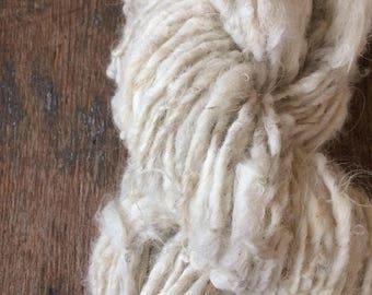 """Icelandic wool """"Greta"""", 96 yards, handspun icelandic wool, undyed rustic wool yarn, natural white handspun yarn, lockspun textured art yarn"""