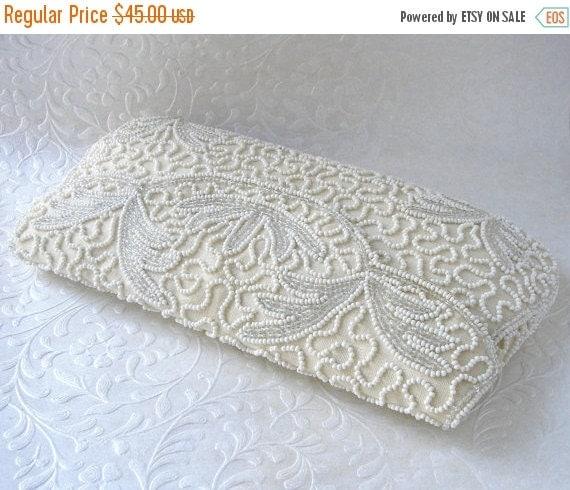 20% SALE WALBORG Vintage Beaded Purse Glass Bead Envelope Clutch Leaf Design Silk White Wedding Formal Handbag Evening Bag Bridal Hand Made