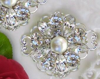 Bridal shoe clips, Shoe brooch, pearl shoe clips, wedding shoe clips, pearl shoe brooch, bridal shoes, wedding shoes, crystal shoe clips