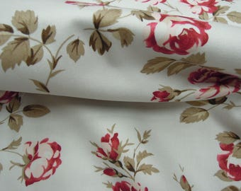 Fabric - Scattered Roses, Cotton, Red, Pink, Brown - Sewing, Quilting, Home Decor