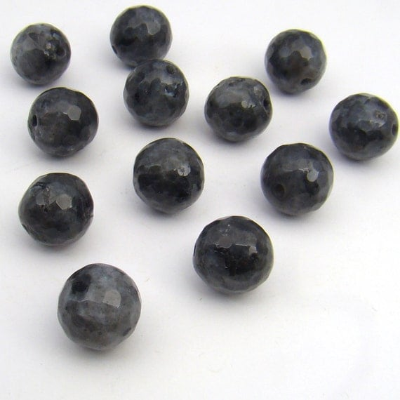 12 pcs Norwegian moonstone beads, grey black silver ...