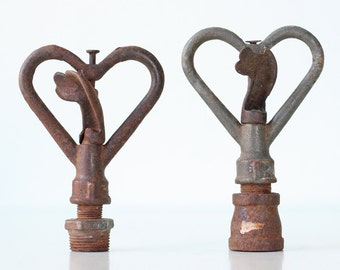 Vintage Heart Sprinkler Tops, Set of 2