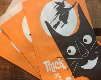 Vintage Halloween Treat Bags - Set of 3 - Trick or Treat, Vintage Paper Bags, Candy Bags, Party Favor Bags, Black Cat, Halloween Witch